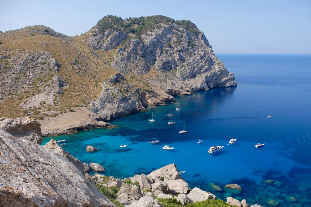 Mallorca-Spain-Formentor-Beach-LaurenSchwaiger-Travel-Blog.jpg
