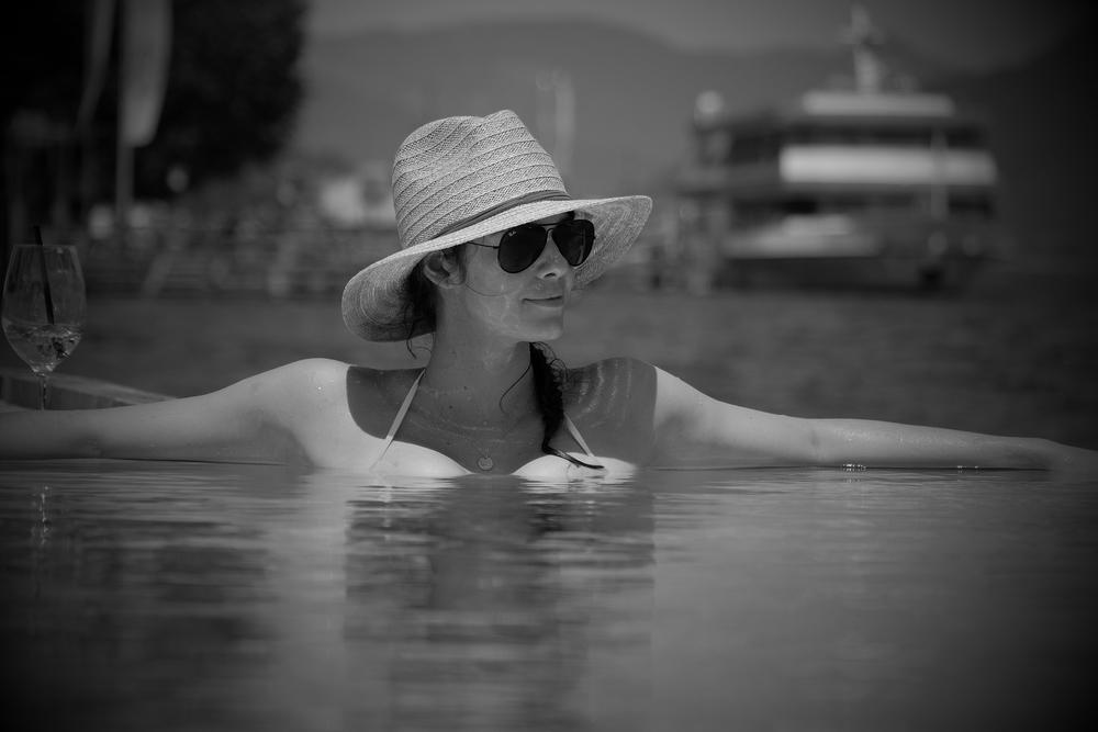 LaurenSchwaiger-Travel-Blog-Austria-Achensee-Strand-Hotel-Pool.jpg