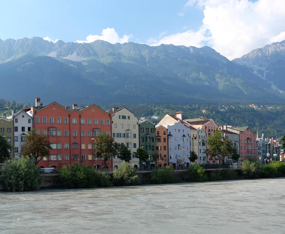 LaurenSchwaiger-Travel-Blog-Austria-Innsbruck-Inn-River.jpg