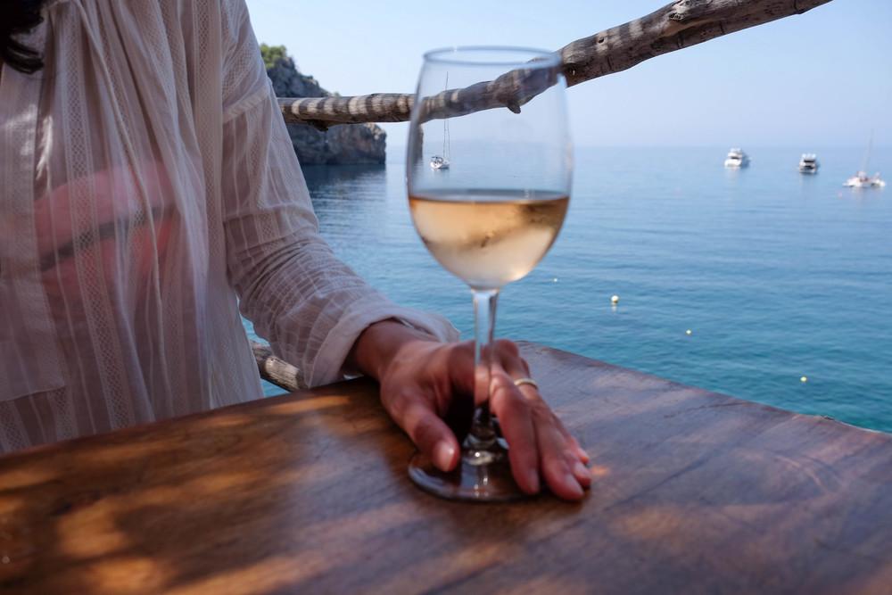 LaurenSchwaiger-Travel-Blog-Mallorca-Spain-Cala-Deia-Cas-Patro.jpg