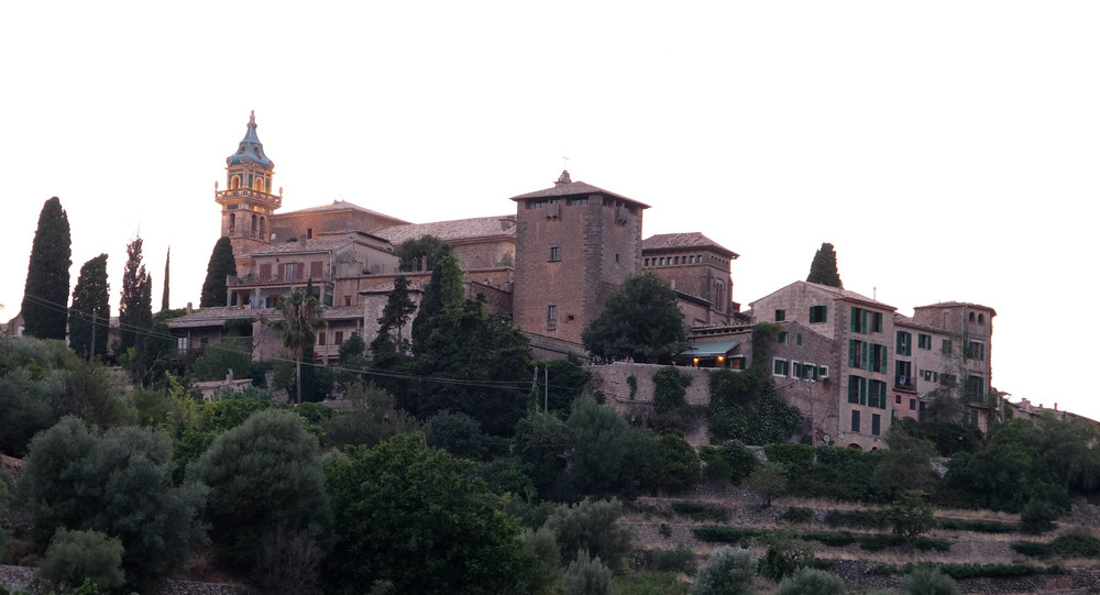 LaurenSchwaiger-Travel-Blog-Mallorca-Spain.jpg