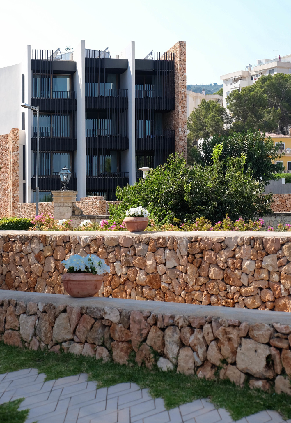 LaurenSchwaiger-Travel-Blog-Mallorca-Spain-Hospes-Maricel-Hotel.jpg