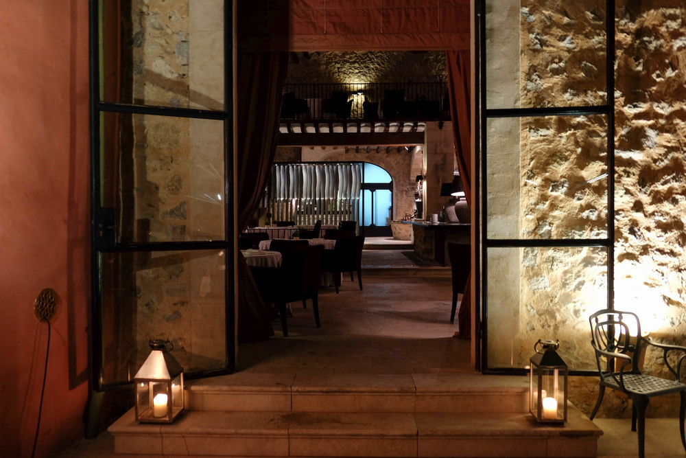 LaurenSchwaiger-Travel-Blog-Gran-Hotel-Son-Net.jpg