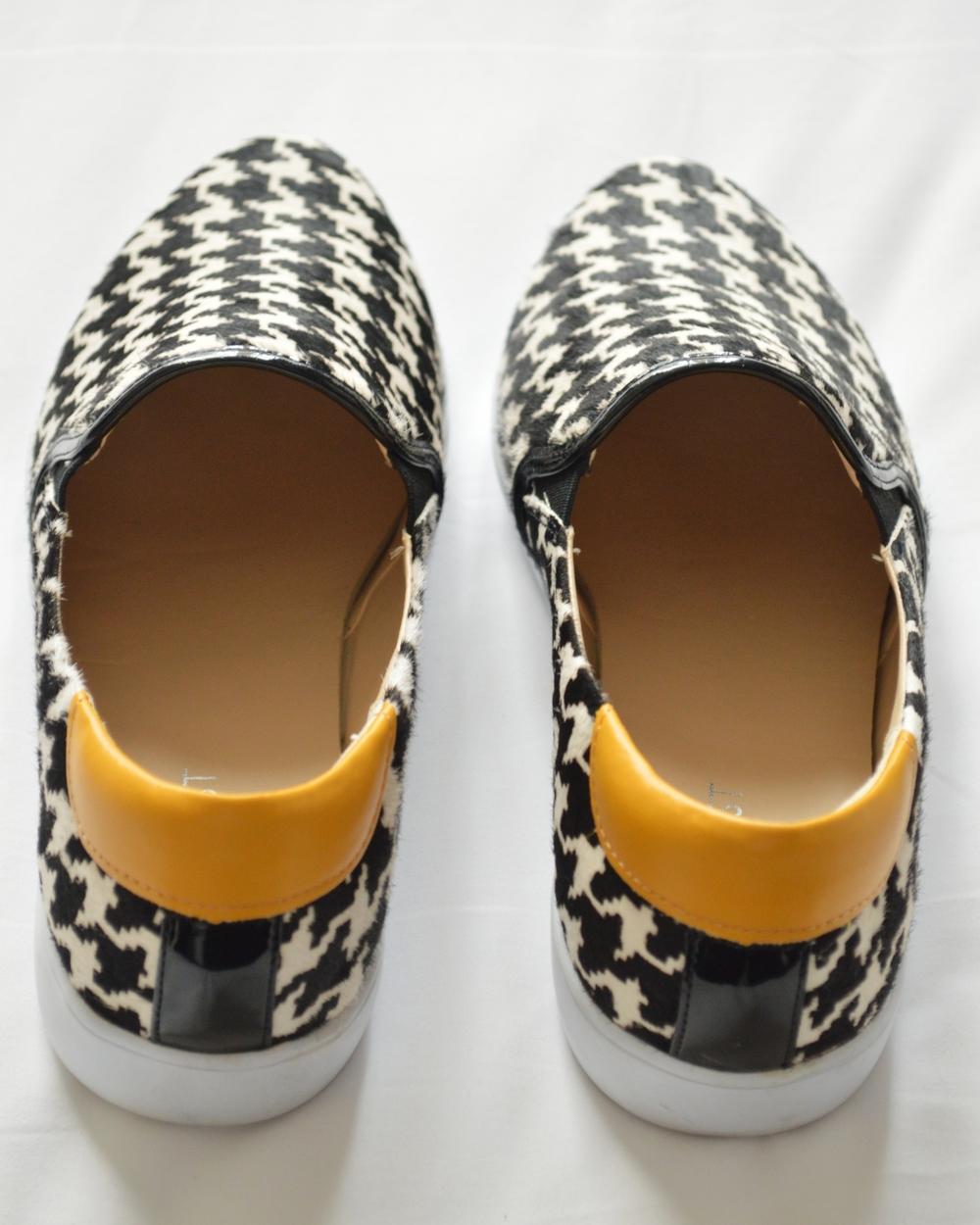 Nine-West-LilDevil-SlipOn-Sneaker-Houndstooth-LaurenSchwaiger-Life-Style-Blog.jpg