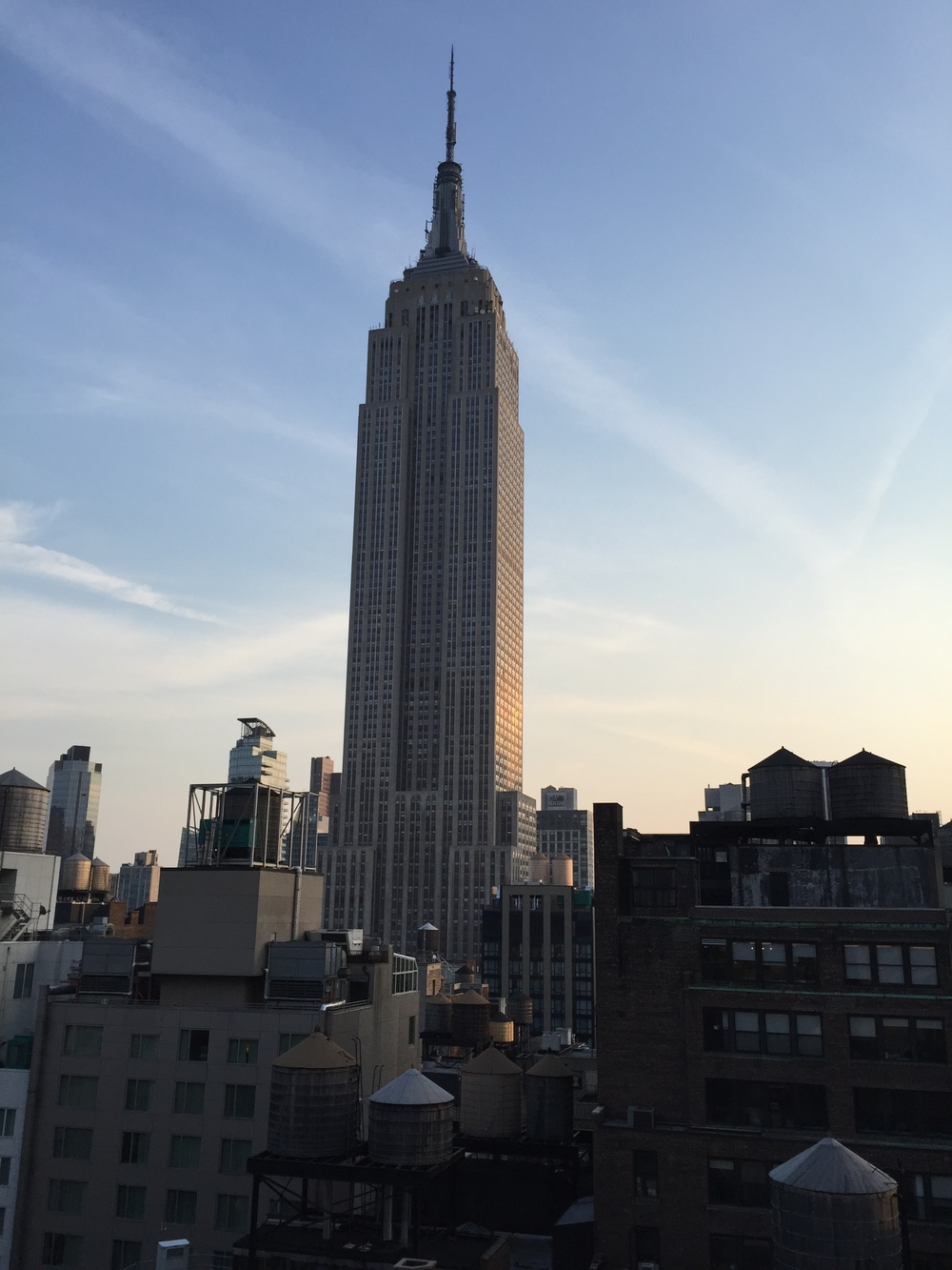 LaurenSchwaiger-Life-Style-Blog-Empire-State-Building-NYC.jpg