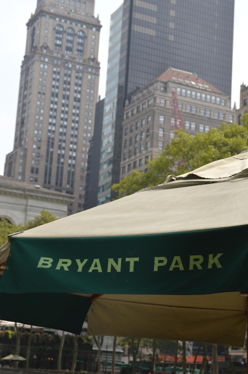 BryantPark-NYC-LaurenSchwaiger-Life-Style-Travel-Blog.jpg