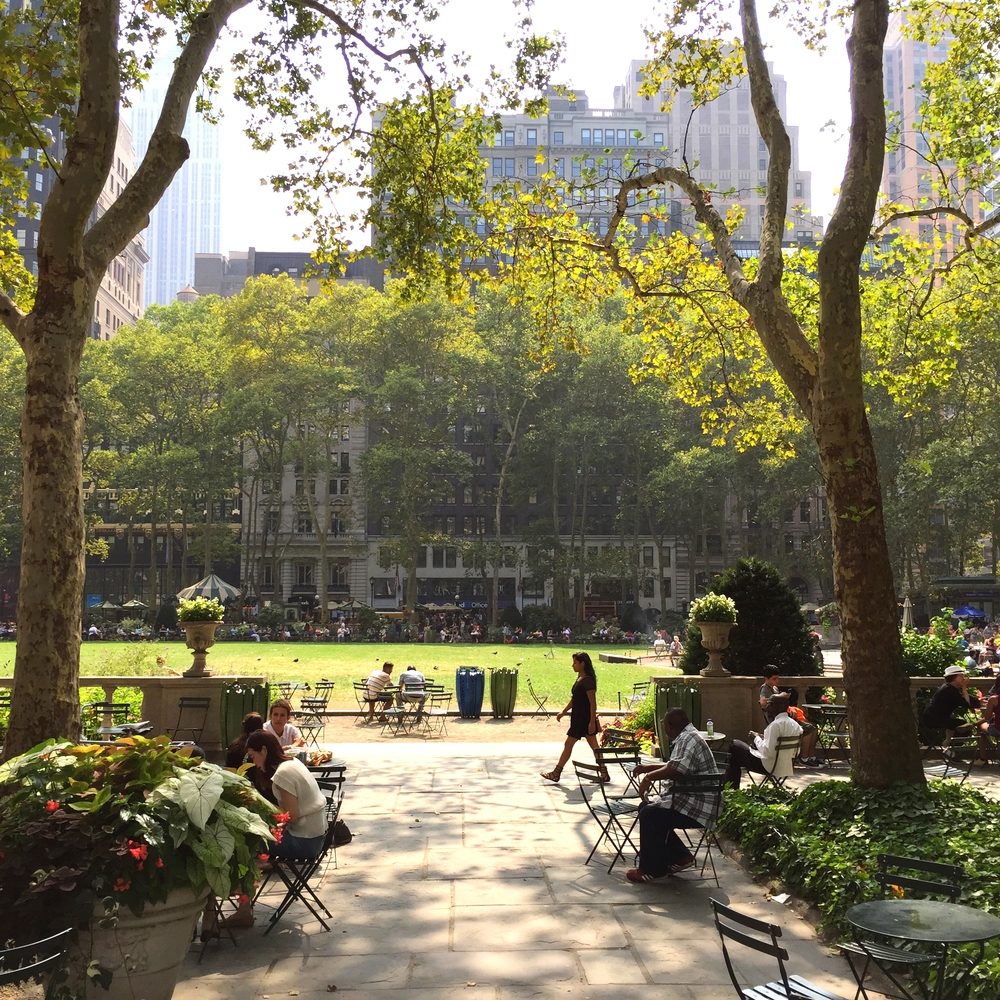 LaurenSchwaiger-Life-Travel-Blog-Bryant-Park-NYC.jpg