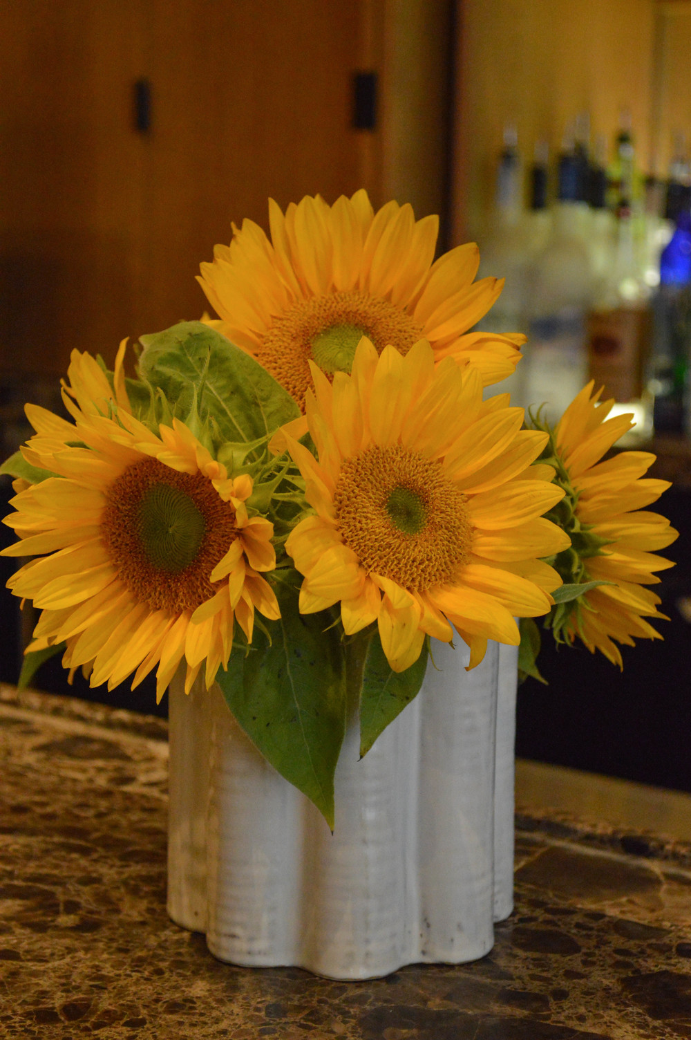 LaurenSchwaiger-Life-Style-Travel-Blog-Archer-Hotel-Sunflowers.jpg