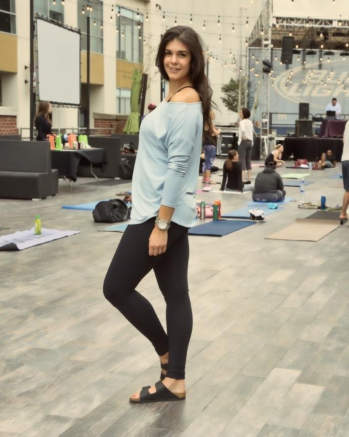 LaurenSchwaiger-Active-Life-Style-Blog-HAVEN-Collective-Yoga.jpg