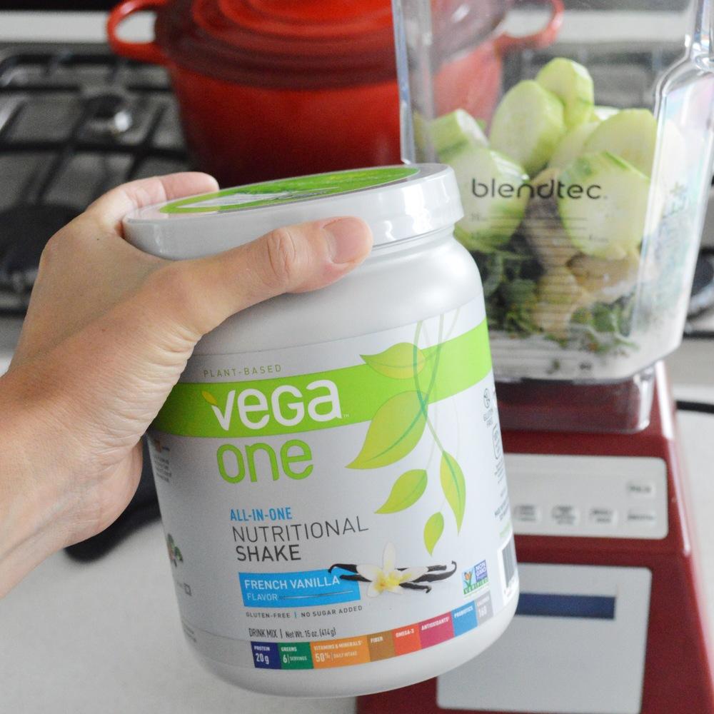 LaurenSchwaiger-Life-style-blog-Vega-Vanilla-Protein-Powder.jpg