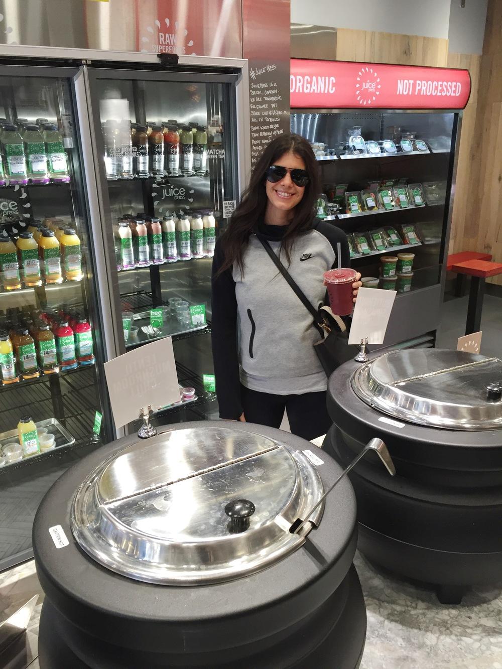 LaurenSchwaiger-Life-Style-Travel-Blog-NYC-Juice-Pres.jpg