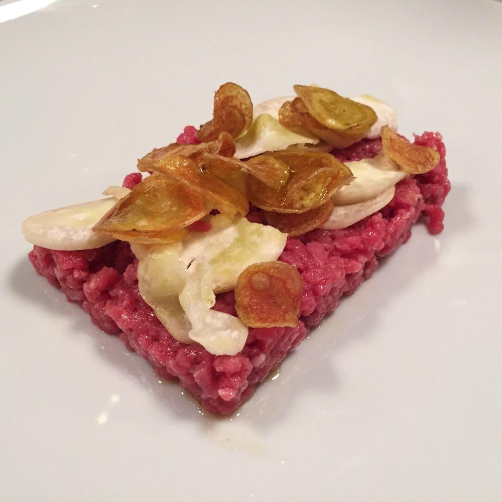 LaurenSchwaiger-Life-Style-Travel-Blog-Eataly-NYC-Steak-Tartare.jpg