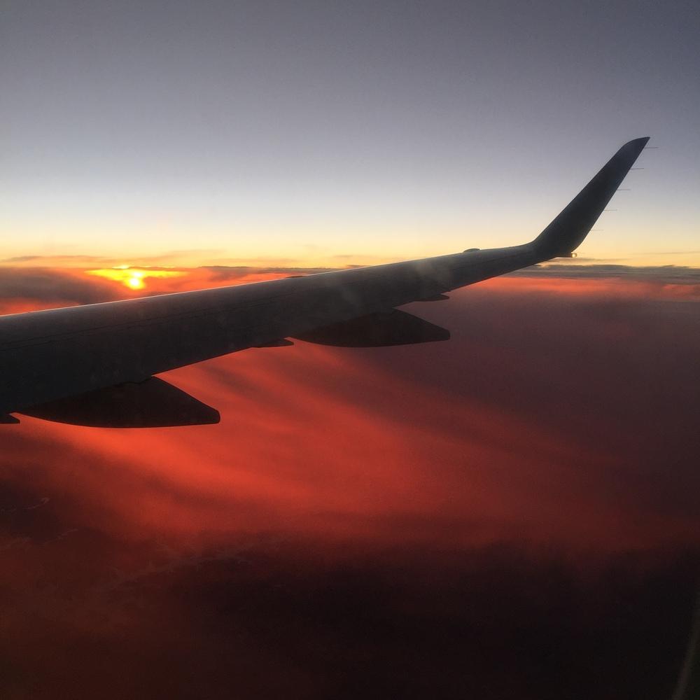 LaurenSchwaiger-Life-Style-Travel-Blog-Sunset-in-the-sky.jpg