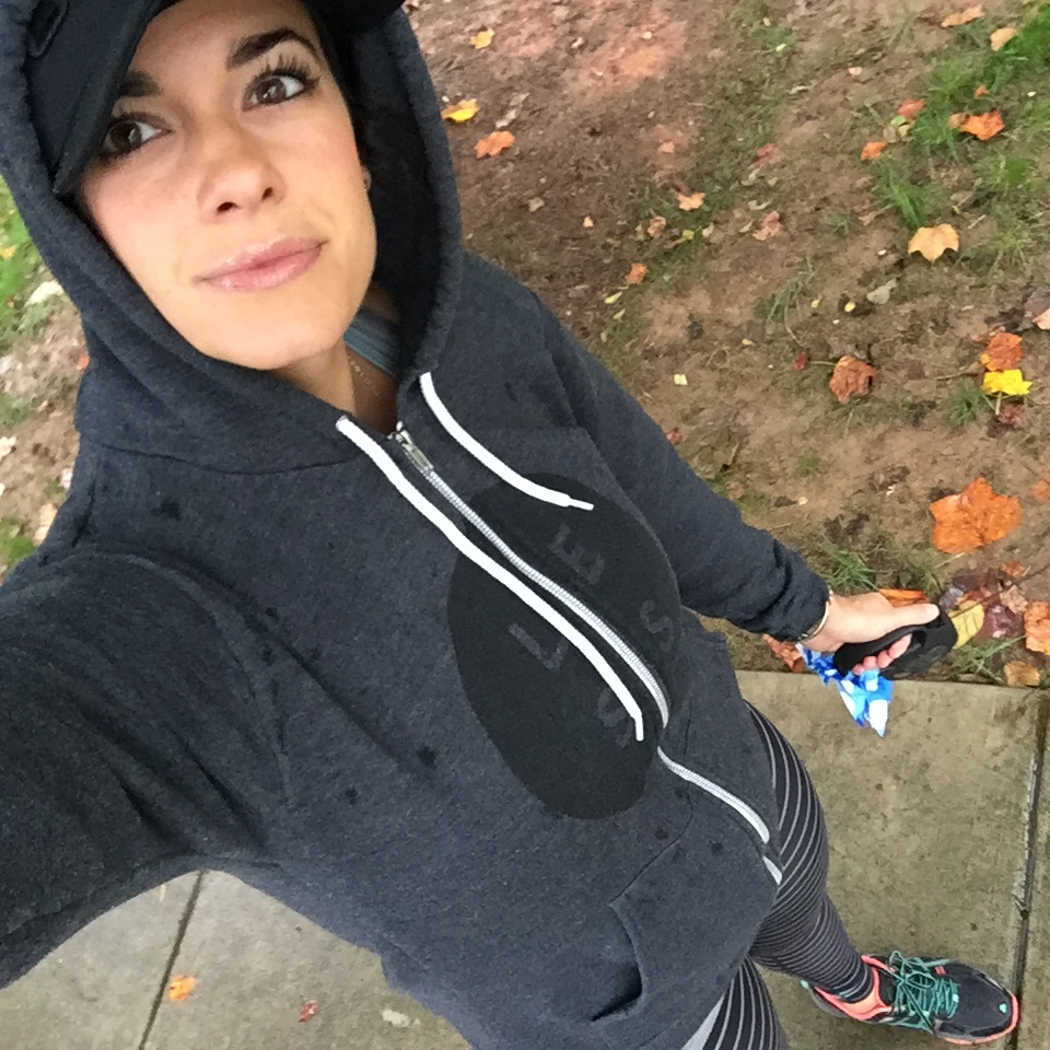 LaurenSchwaiger-Active-Life-Style-Blog-UGMONK-Hoodie.jpg
