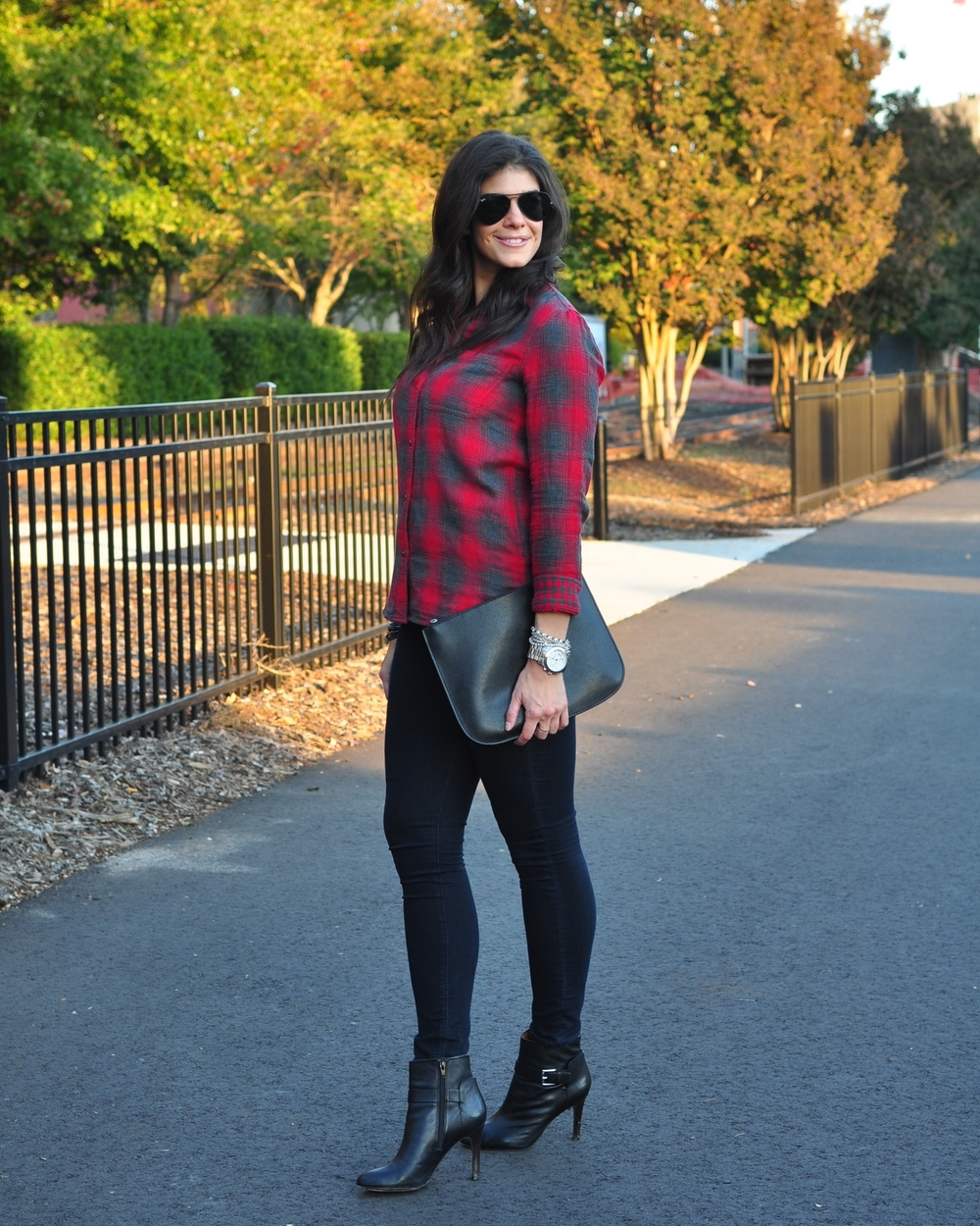LaurenSchwaiger-Life-Style-Blog-Madewell-Plaid-Fall-Street-Style.jpg
