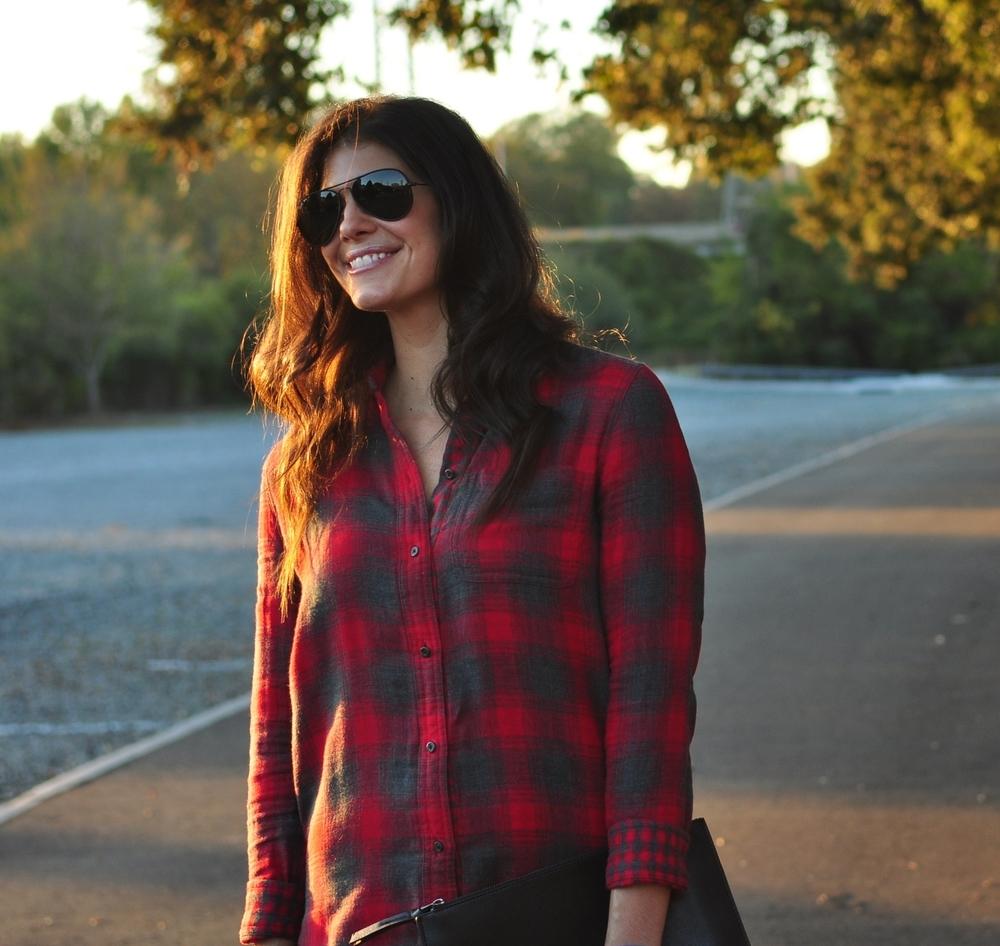 LaurenSchwaiger-Life-Style-Blog-Madewell-Plaid-Fall-Style.jpg
