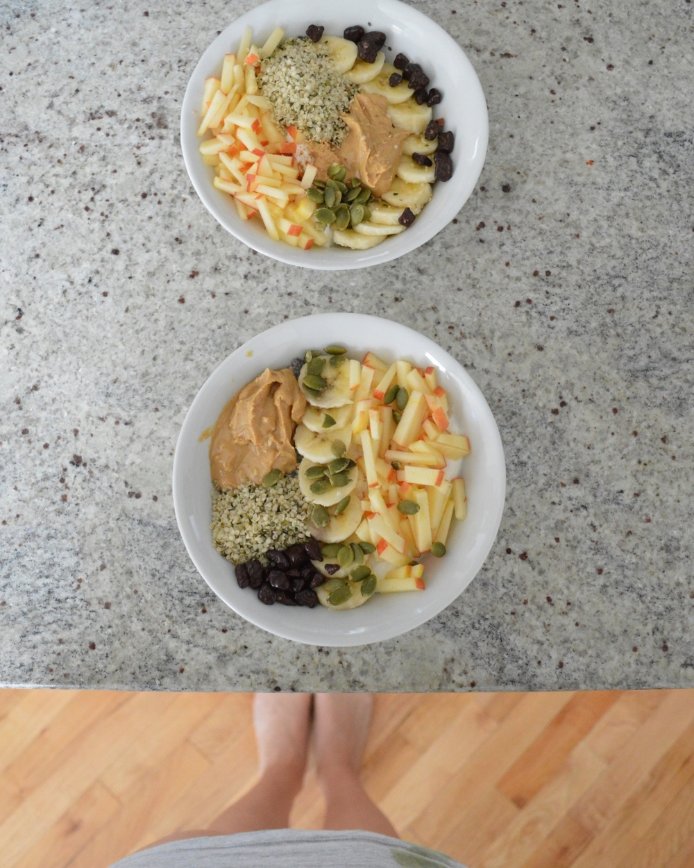 LaurenSchwaiger-Healthy-Life-Style-Blog-His-Hers-Superfoods-Breakfast-Bowls.jpg