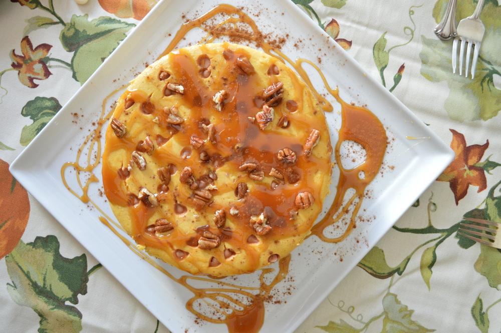 LaurenSchwaiger-life-style-blog-thanksgiving-pumpkin-praline-cheesecake.jpg