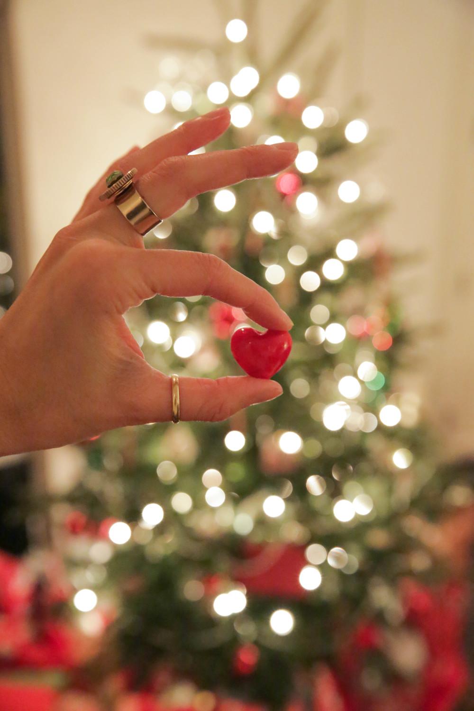 LaurenSchwaiger-Life-Style-Blog-Merry-Christmas-Love.jpg