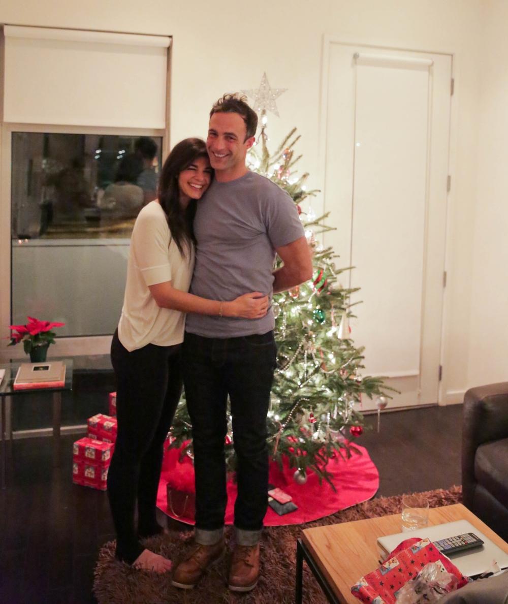 LaurenSchwaiger-Life-Style-Blog-Christmas-Eve-Love.jpg