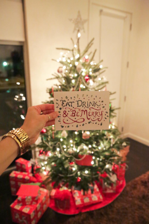 LaurenSchwaiger-LIfe-Style-Blog-Christmas-Eve-Eat-Drink-Be-Merry.jpg