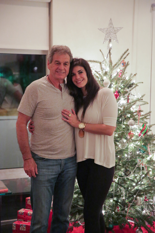 LaurenSchwaiger-life-Style-Blog-Christmas-Eve-Family-Love.jpg