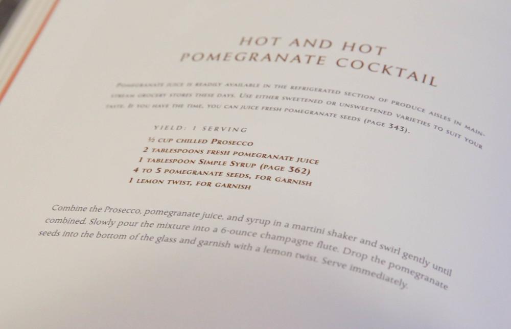 LaurenSchwaiger-Life-Style-Blog-Pomegranate-Martini-Recipe.jpg