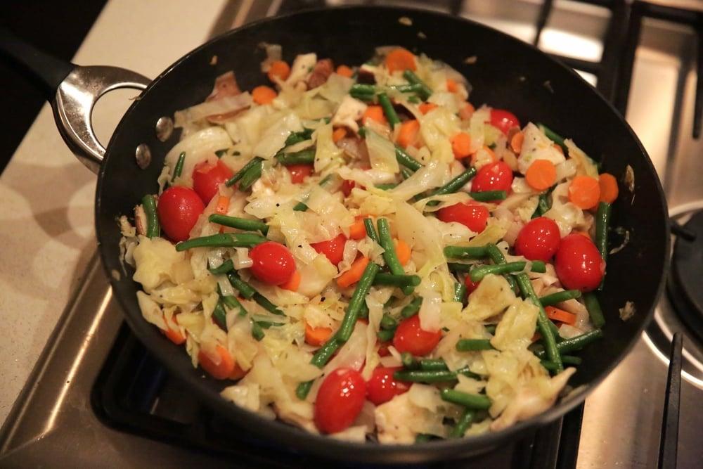LaurenSchwaiger-Healthy-life-Style-Blog-Veggie-Sautee.jpg