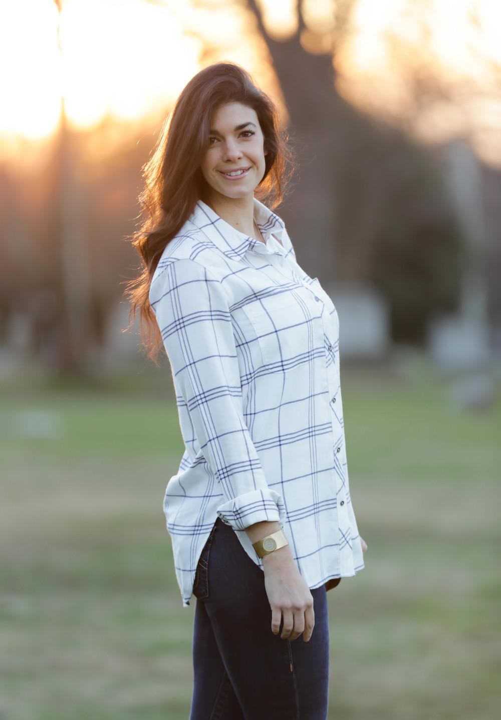 LaurenSchwaiger-Life-Style-Blog-Winter-Style-Athleta-White-Blue-Flannel.jpg