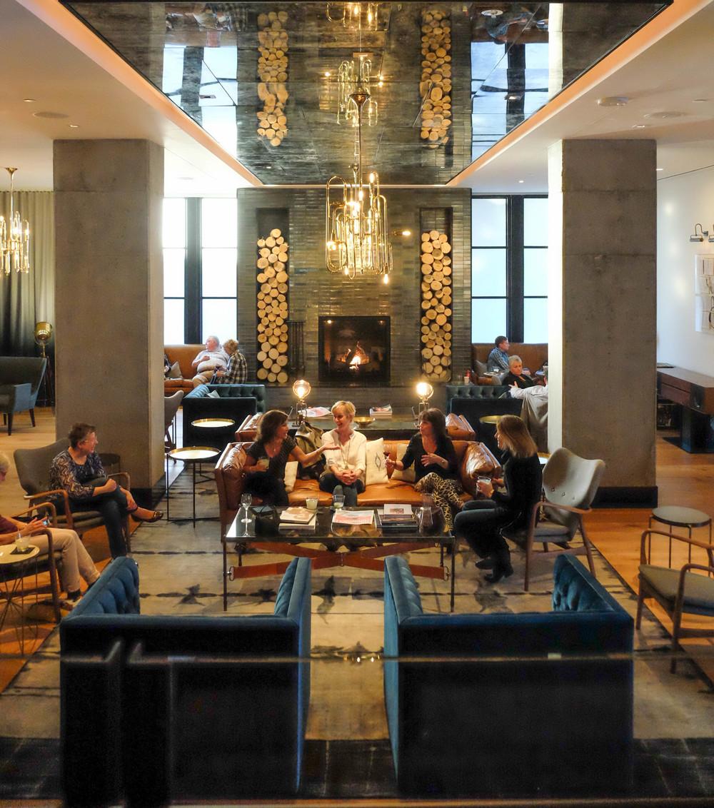 LaurenSchwaiger-Life-Style-Blog-Hotel-Van-Zandt-Lobby.jpg