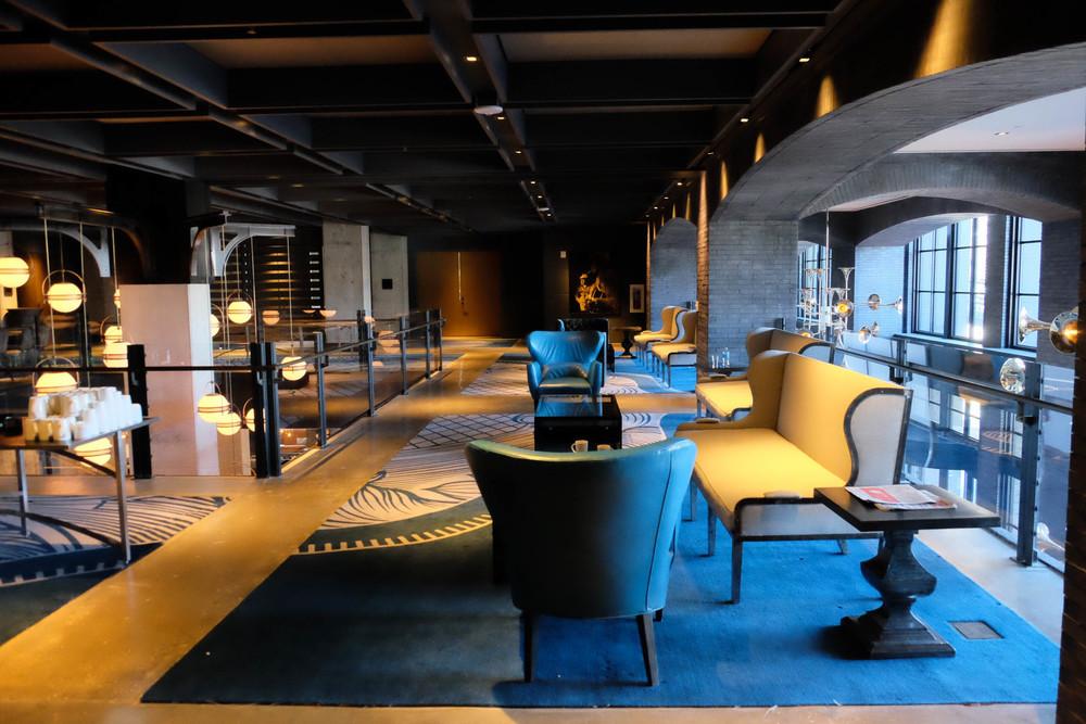 LaurenSchwaiger-Life-Style-Blog-Hotel-Van-Zandt.jpg