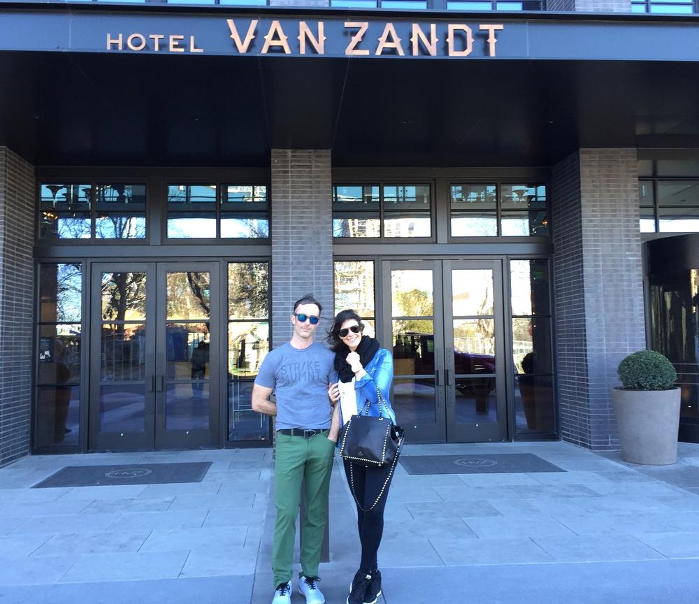 LaurenSchwaiger-Life-Style-Travel-Blog-Hotel-Van-Zandt-ATX.jpg