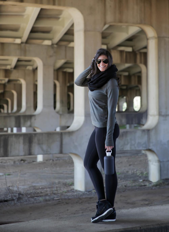 LaurenSchwaiger-Active-Style-Blog-Athleta-Gym-to-Street.jpg