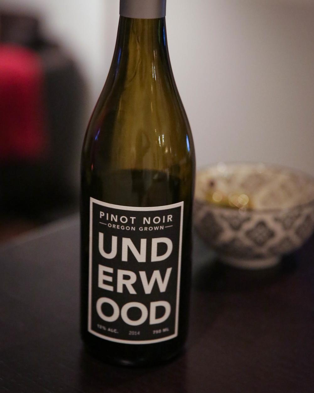 LaurenSchwaiger-Life-Style-Blog-Underwood-Pinot-Noir.jpg