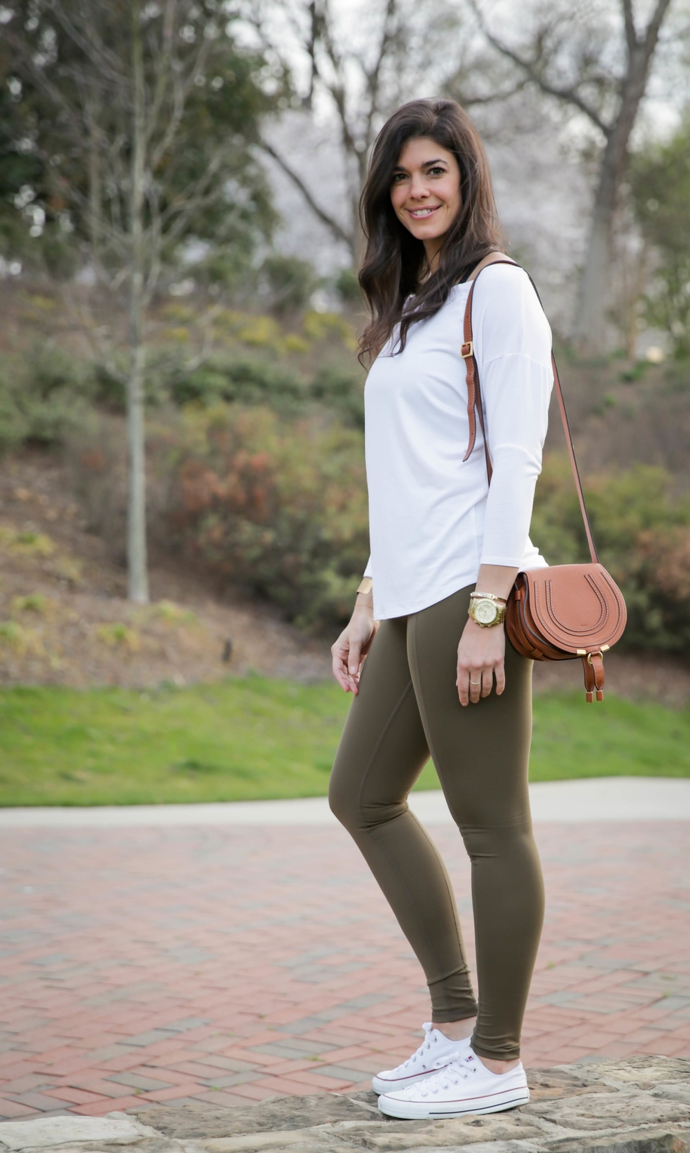 LaurenSchwaiger-Active-Style-Blog-HAVEN-Olive-Contour-Legging.jpg