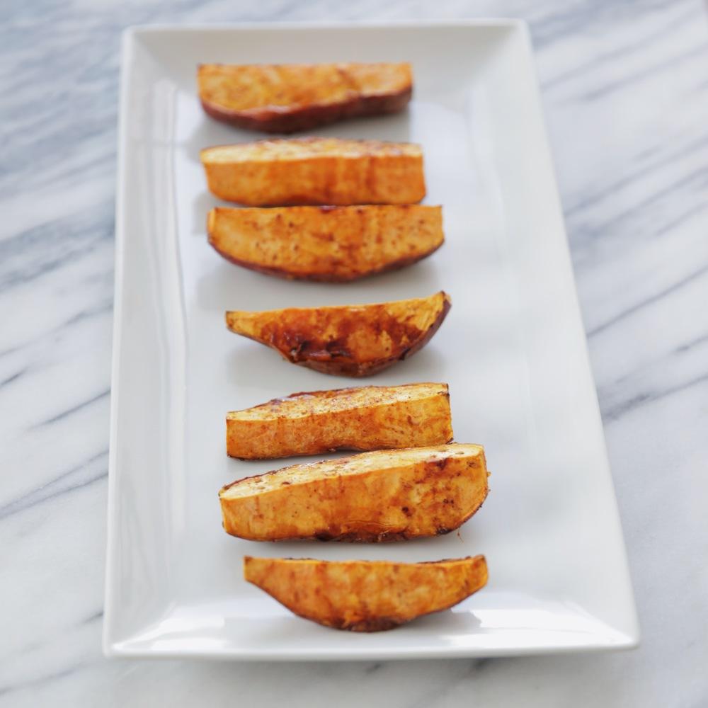 LaurenSchwaiger-Healthy-Life-Style-Blog-Roasted-Sweet-Potatoes.jpg