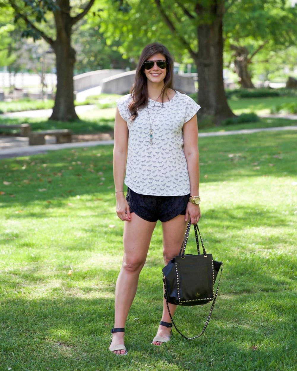LaurenSchwaiger-Life-Style-Blog-OOTD-HM-Zebra-Blouse.jpg
