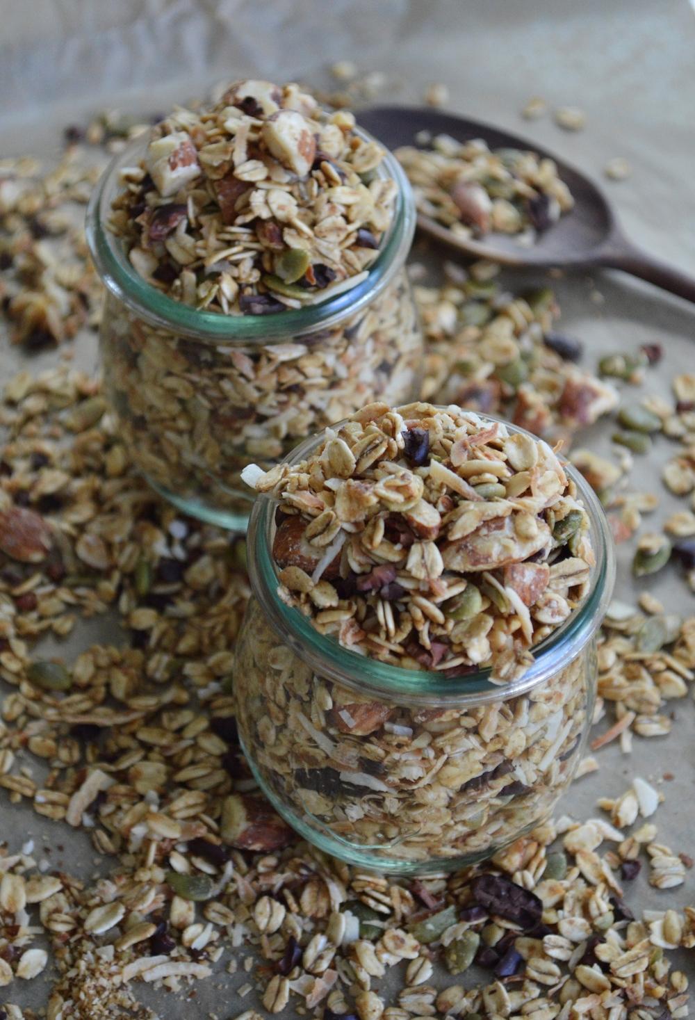 Gluten-Free-Granola-LaurenSchwaiger-Healthy-Lifestyle-Blog.jpg