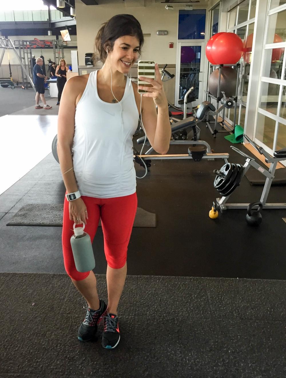 LaurenSchwaiger-Health-Fitness-Blog-Workouts-This-Week-Nike-Red-Capris.jpg