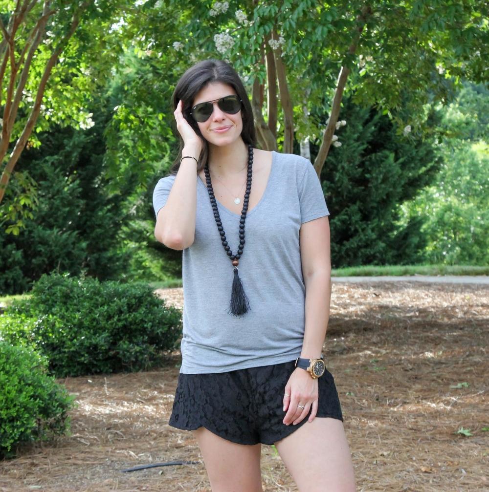 Wooden-Bead-Necklace-Tassle-LaurenSchwaiger-Lifestyle-Blog.jpg