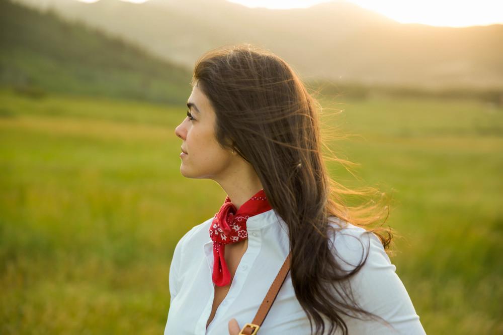 LaurenSchwaiger-lifestyle-travel-blog-park-city-utah-red-bandana.jpg
