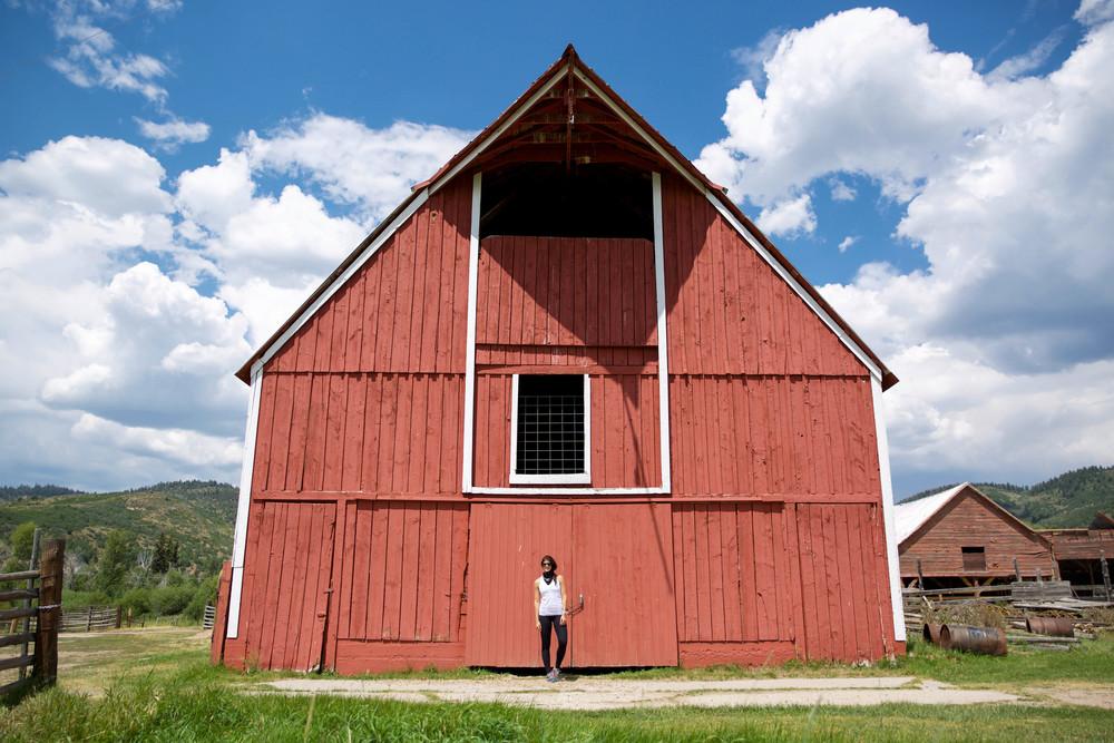 LaurenSchwaiger-Lifestyle-Travel-Blog-Red-Barn-Park-City-Utah.jpg