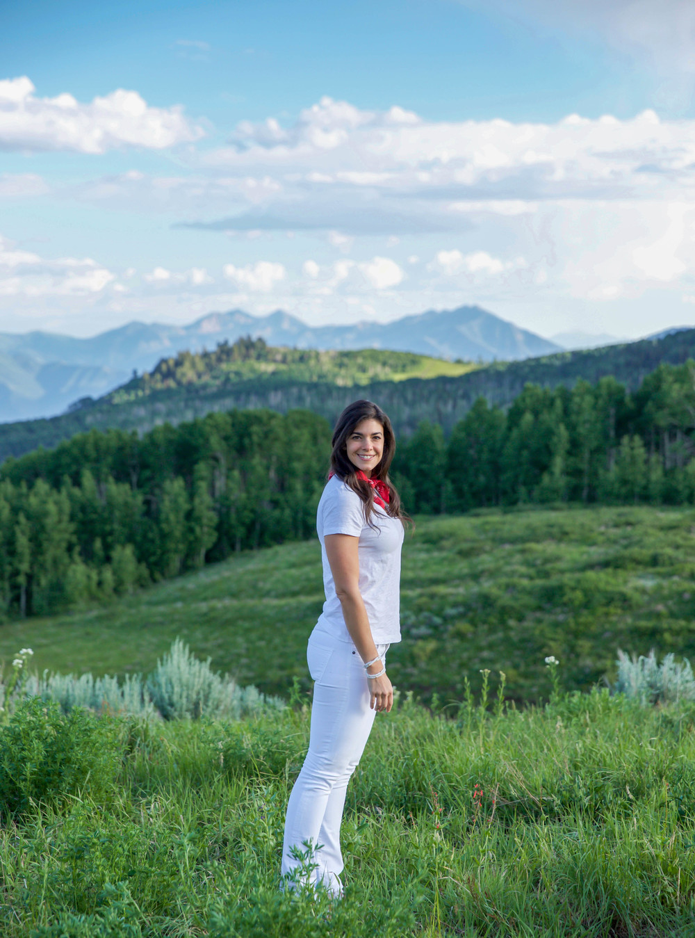 Deer-Valley-Utah-LaurenSchwaiger-Travel-Style-Blog-Summer-Whites.jpg