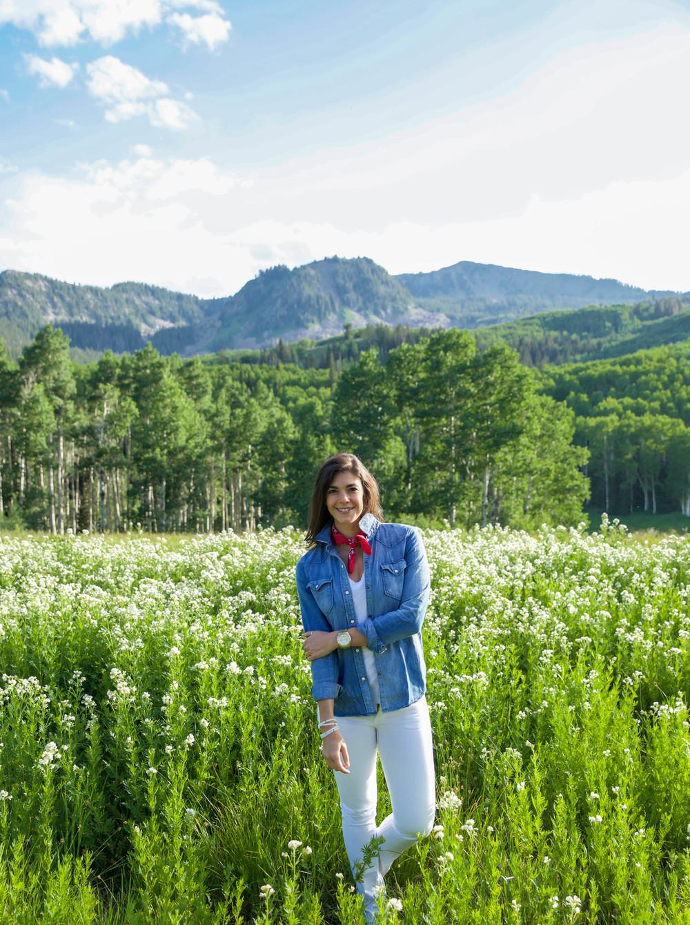 LaurenSchwaiger-Travel-Style-Blog-Deer-Valley-Utah.jpg