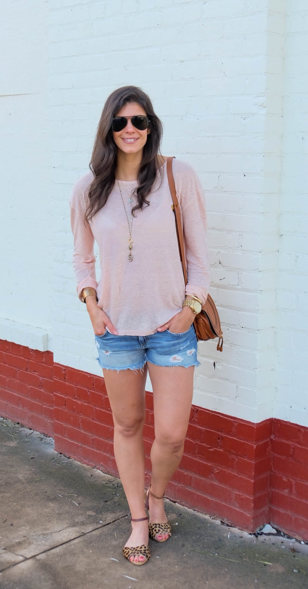 LaurenSchwaiger-Style-Blog-Denim-Cutoffs-Summer-Sweater-OOTD.jpg