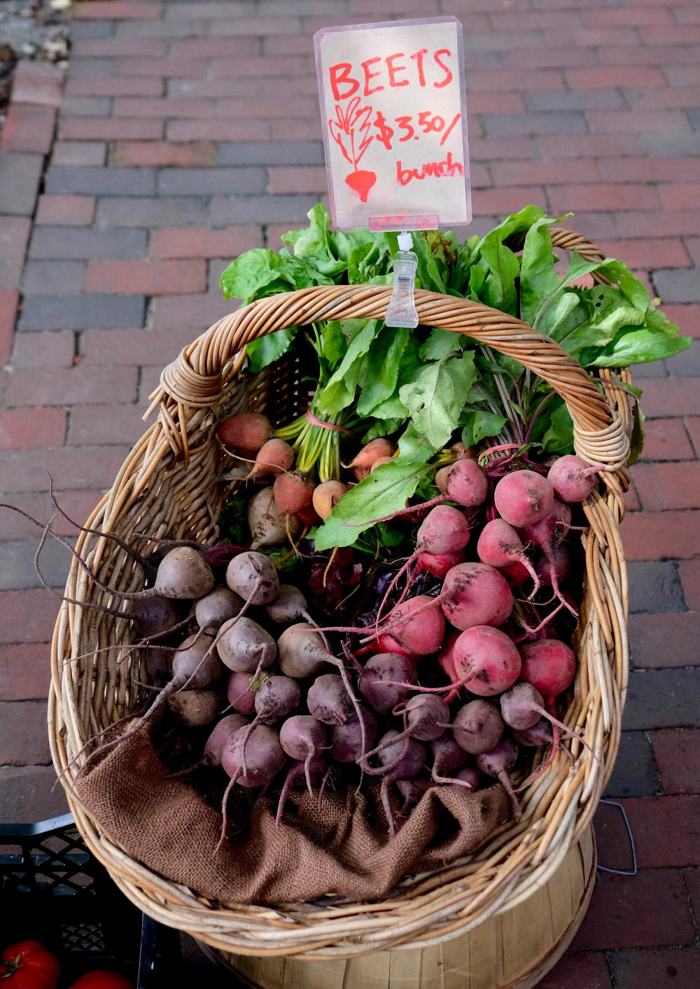beets-nantucket-farmers-market-laurenschwaiger-style-travel-blog.jpg