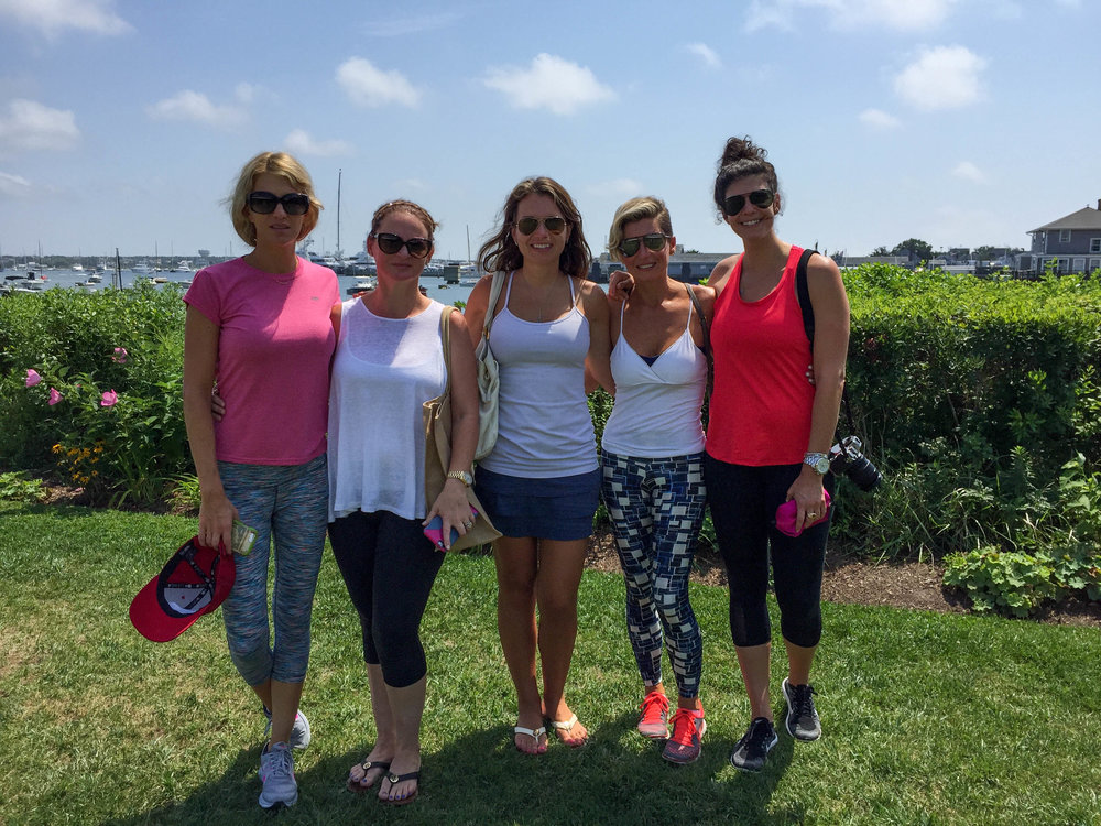 laurenschwaiger-style-travel-blog-nantucket-girlsweekend.jpg