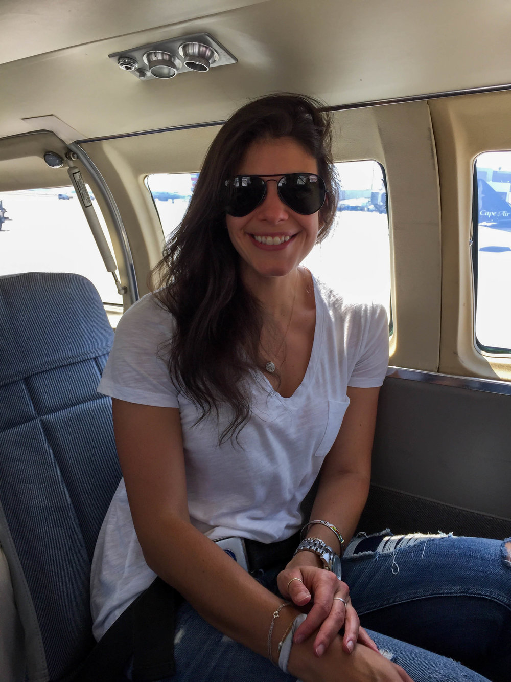laurenschwaiger-style-travel-blog-cape-air-nantucket.jpg