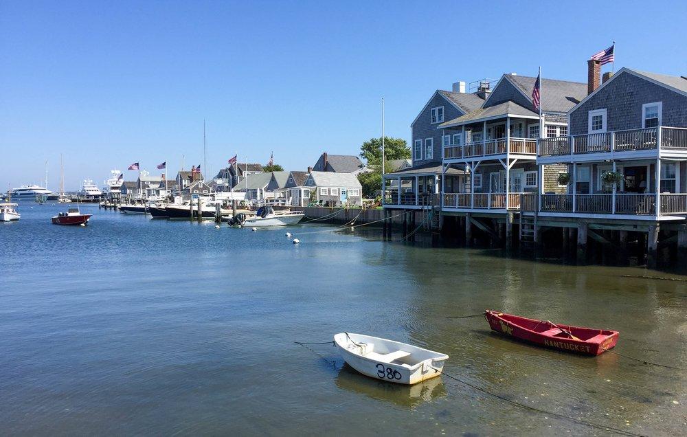 Nantucket-Travel-Guide-LaurenSchwaiger-Lifestyle-Travel-Blog.jpg