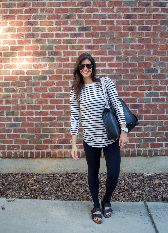 athleisure-ootd-black-white-stripes-laurenschwaiger-style-blog.jpg